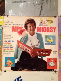 Pleasantness, smiles, puritanical blandness: Mrs. Migsy is pretty close to the French idea of the American mom.