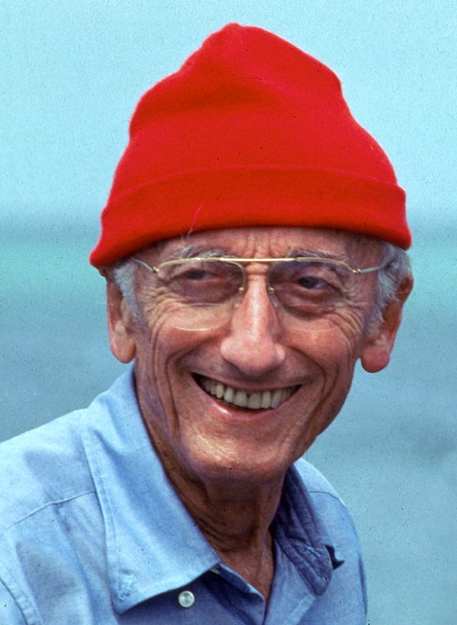Jacques Cousteau, <b>famous French</b> sailor, also sported the red cap look. - capture-d_c3a9cran-2013-11-15-c3a0-15-44-36